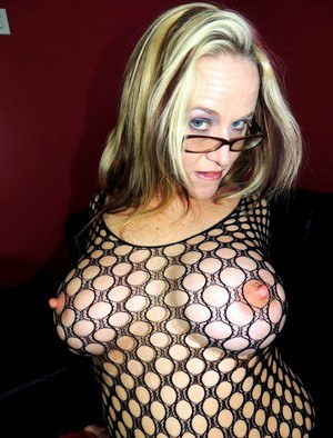 Sexy MILF Long Nipples