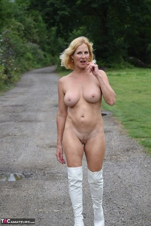 Sexy MILF Outdoors