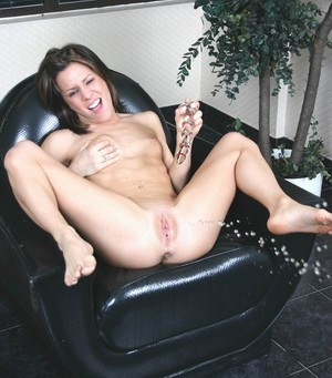 Sexy Squirting MILF