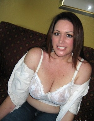 Sexy MILF Undressing